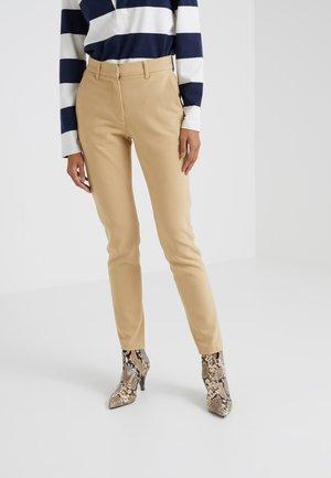 LYNN PANT - Trousers - sand