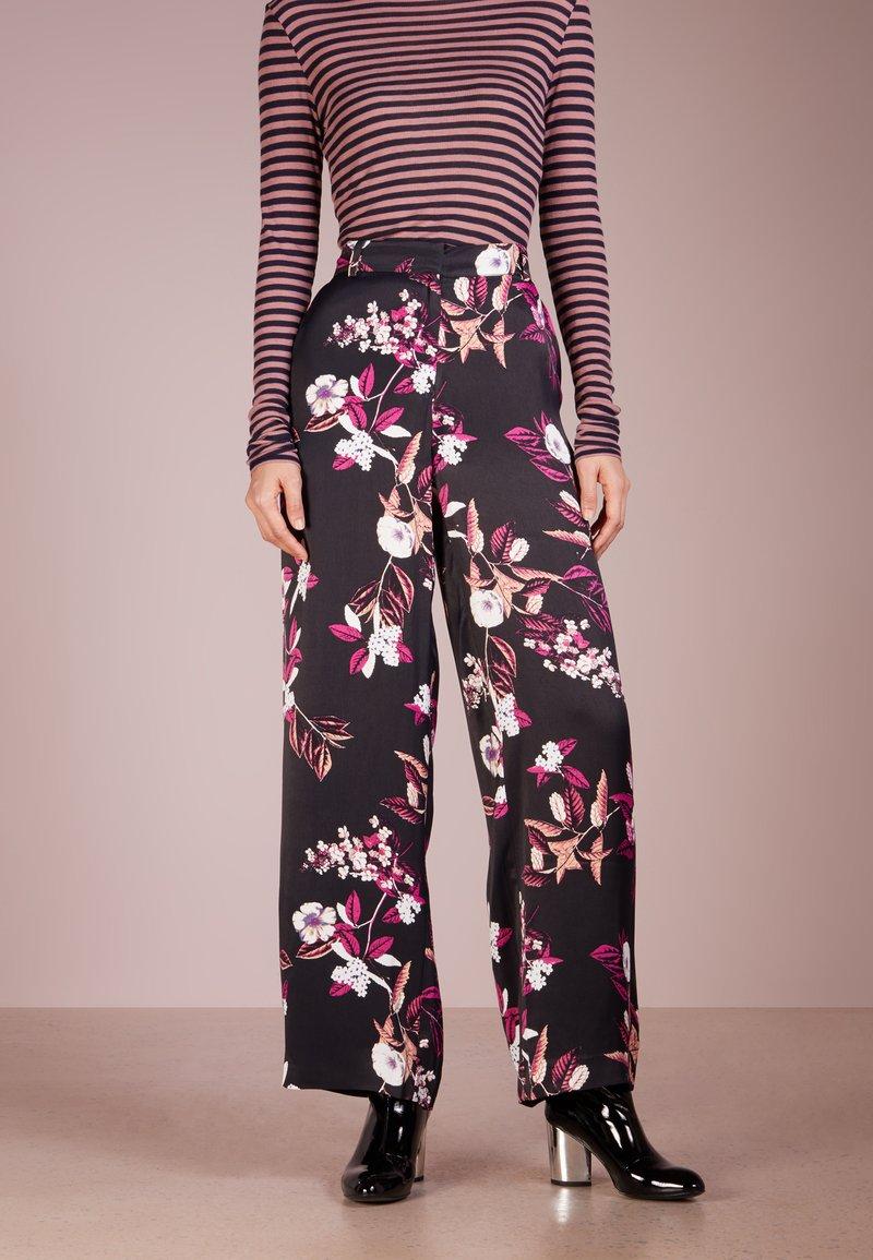 Bruuns Bazaar - FLORA COSA PANT - Trousers - black