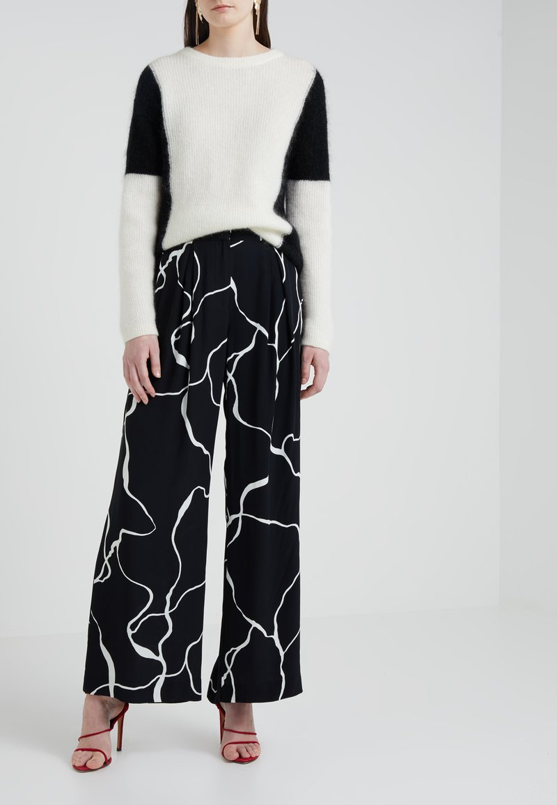 Bruuns Bazaar - INA ABSTRACT PANT - Trousers - black