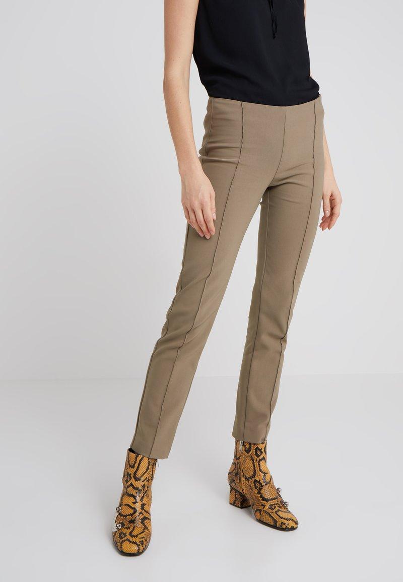 Bruuns Bazaar - LYNN SIMONE PANT - Bukser - khaki