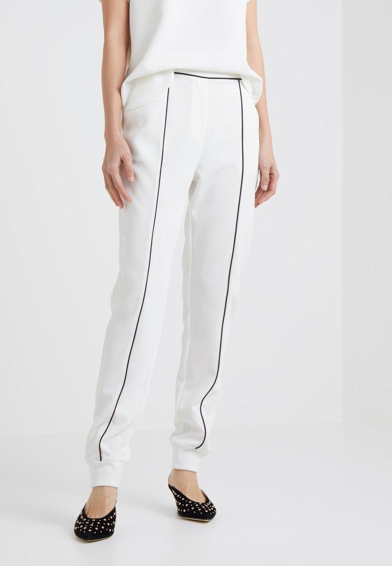 Bruuns Bazaar - RUBY EMMA PANT - Trousers - snow white
