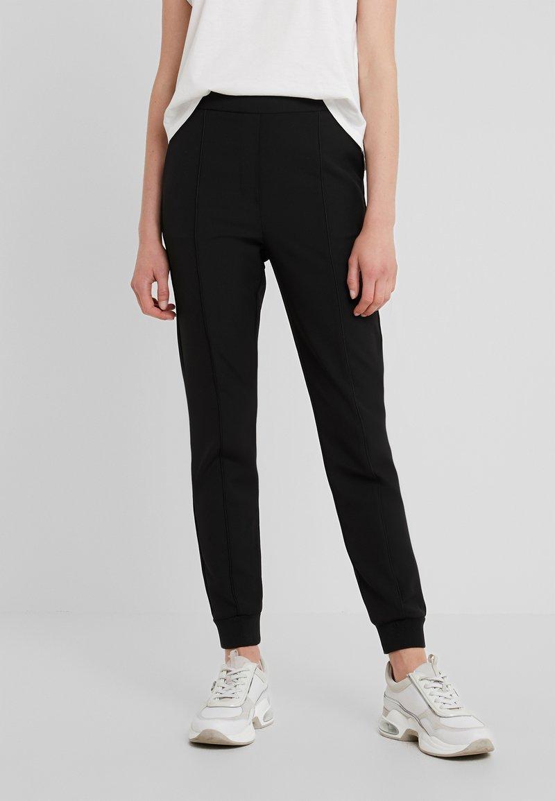 Bruuns Bazaar - RUBY ATLA PANT - Stoffhose - black