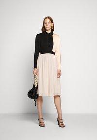 Bruuns Bazaar - THORA VIOLET SKIRT - Áčková sukně - creamy rosa - 1