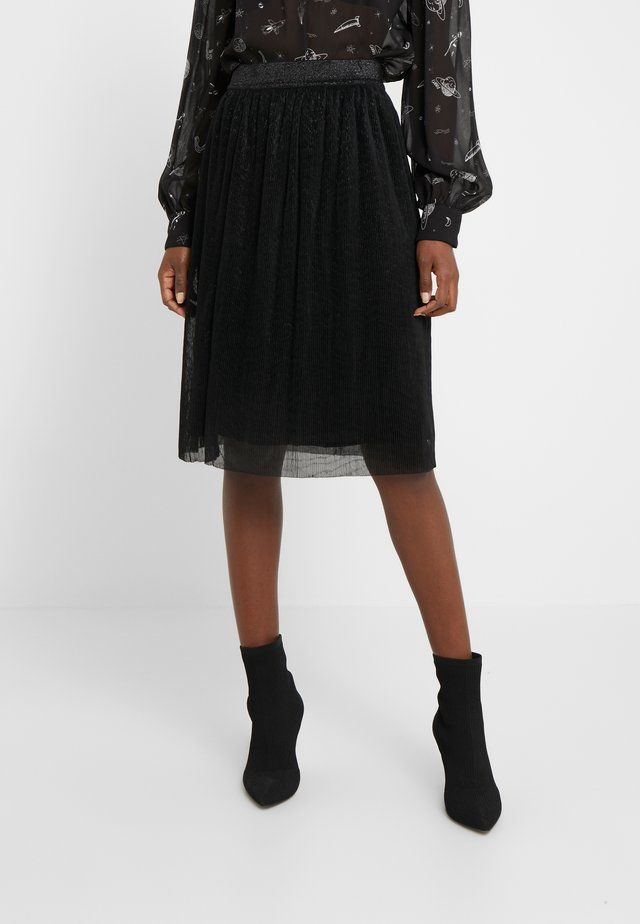 METALLIC DARIANE CECILIE SKIRT - Spódnica trapezowa - black