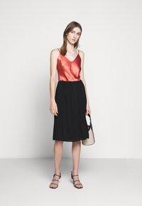 Bruuns Bazaar - CECILIE SKIRT - Áčková sukně - black - 1