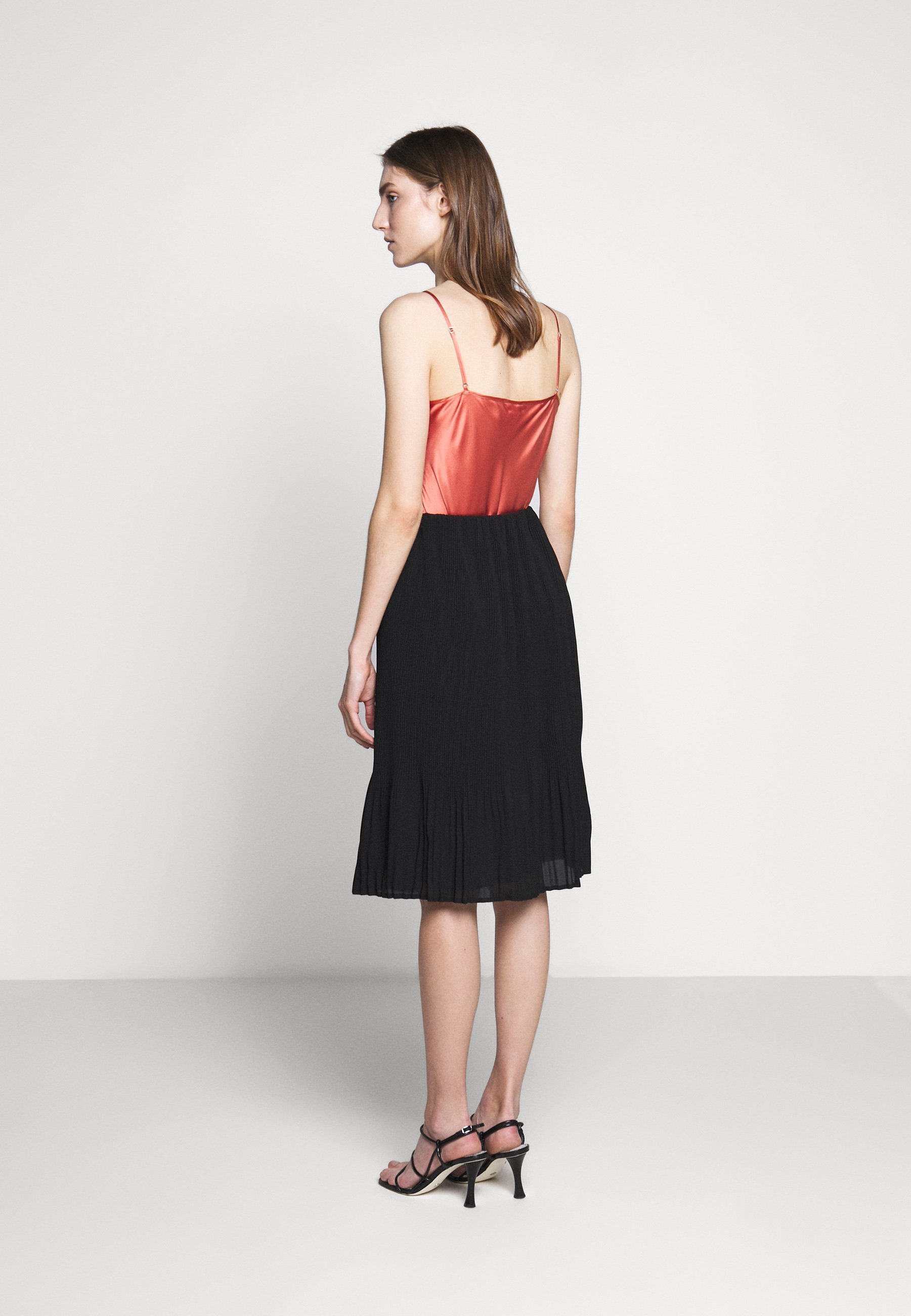 Bruuns Bazaar CECILIE SKIRT - Spódnica trapezowa - black