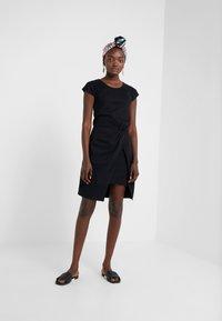 Bruuns Bazaar - THAILA HELENA DRESS - Jersey dress - black - 1