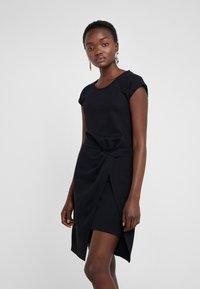 Bruuns Bazaar - THAILA HELENA DRESS - Jersey dress - black - 0