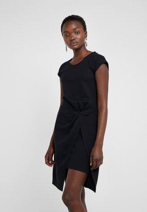 THAILA HELENA DRESS - Jerseyklänning - black