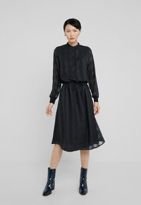 Bruuns Bazaar - FREYA ELIN DRESS - Skjortklänning - black - 0