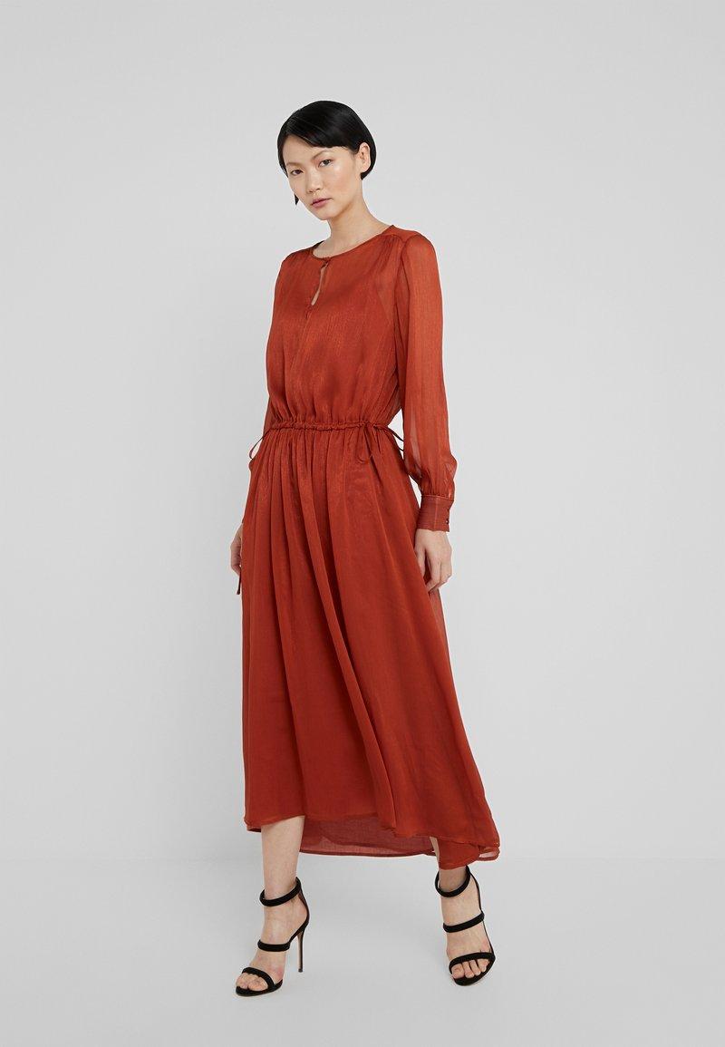 Bruuns Bazaar - HANA NOVA DRESS - Vestido largo - smoking orange