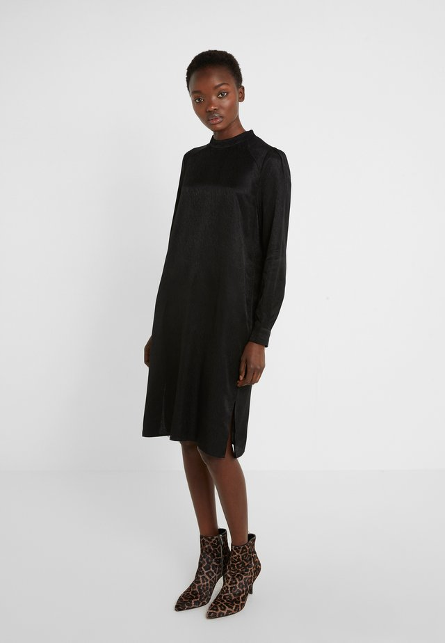 CHRISTAL BLYTHE DRESS - Cocktailkjoler / festkjoler - black