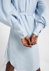 Bruuns Bazaar - PRALENZA EZRA DRESS - Skjortekjole - blue mist - 8