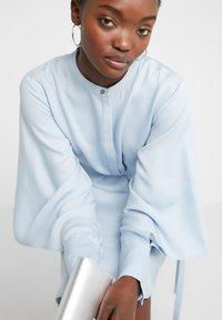 Bruuns Bazaar - PRALENZA EZRA DRESS - Skjortekjole - blue mist - 5