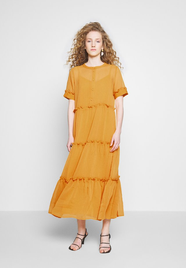 MARIE SILJE DRESS - Vapaa-ajan mekko - orange glow