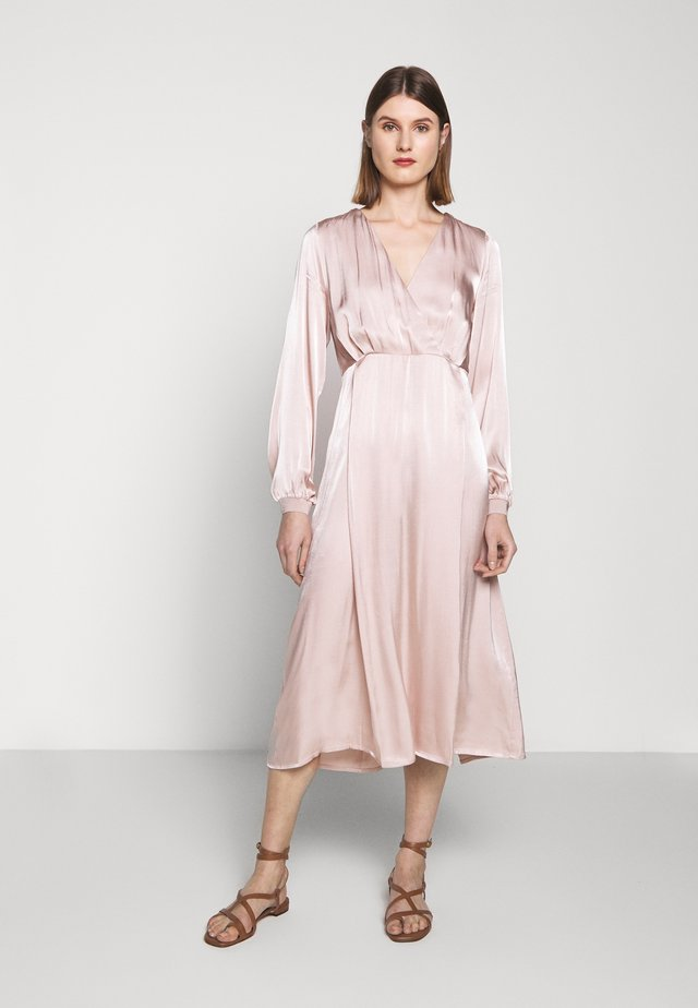 SOFIA NAYA DRESS - Korte jurk - soft rose