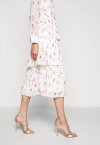 Bruuns Bazaar - BRUSH ENOLA DRESS - Day dress - offwhite - 5