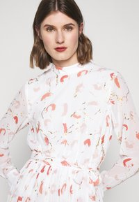 Bruuns Bazaar - BRUSH ENOLA DRESS - Hverdagskjoler - offwhite - 3