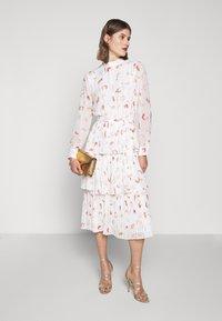 Bruuns Bazaar - BRUSH ENOLA DRESS - Hverdagskjoler - offwhite - 1