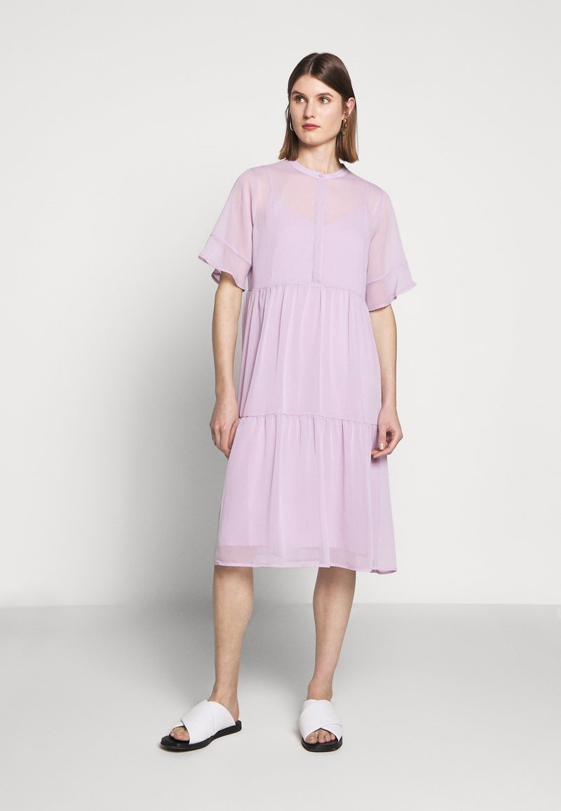 Bruuns Bazaar - ARIANA PASSION DRESS - Skjortekjole - purple