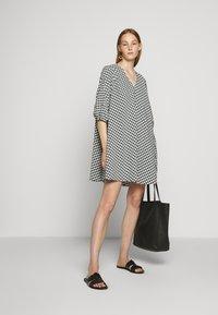 Bruuns Bazaar - SEER ALLURE DRESS - Denní šaty - black/white - 1