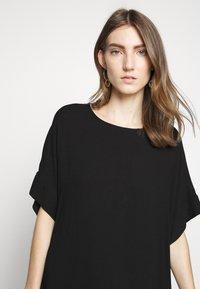 Bruuns Bazaar - HALAH GIGI DRESS - Hverdagskjoler - black - 4