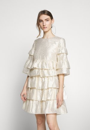 FOLJA ANINE DRESS - Koktejlové šaty/ šaty na párty - gold