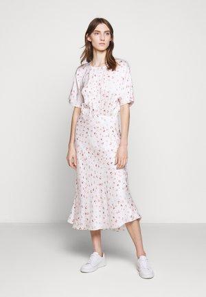 MOVE ROSANA DRESS - Hverdagskjoler - white