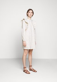 Bruuns Bazaar - POSY FILIPPO DRESS - Sukienka letnia - off-white - 1