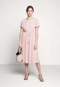 Bruuns Bazaar - ZILLA DRESS - Denní šaty - cream rose - 1