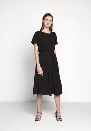 ZILLA DRESS - Denní šaty - black