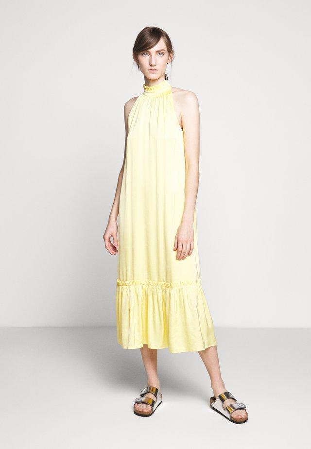 BAUME SASSY DRESS - Vapaa-ajan mekko - sunshine