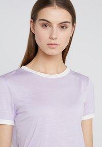 Bruuns Bazaar - KATKA ELSA TEE - T-shirt imprimé - pale lavender - 4