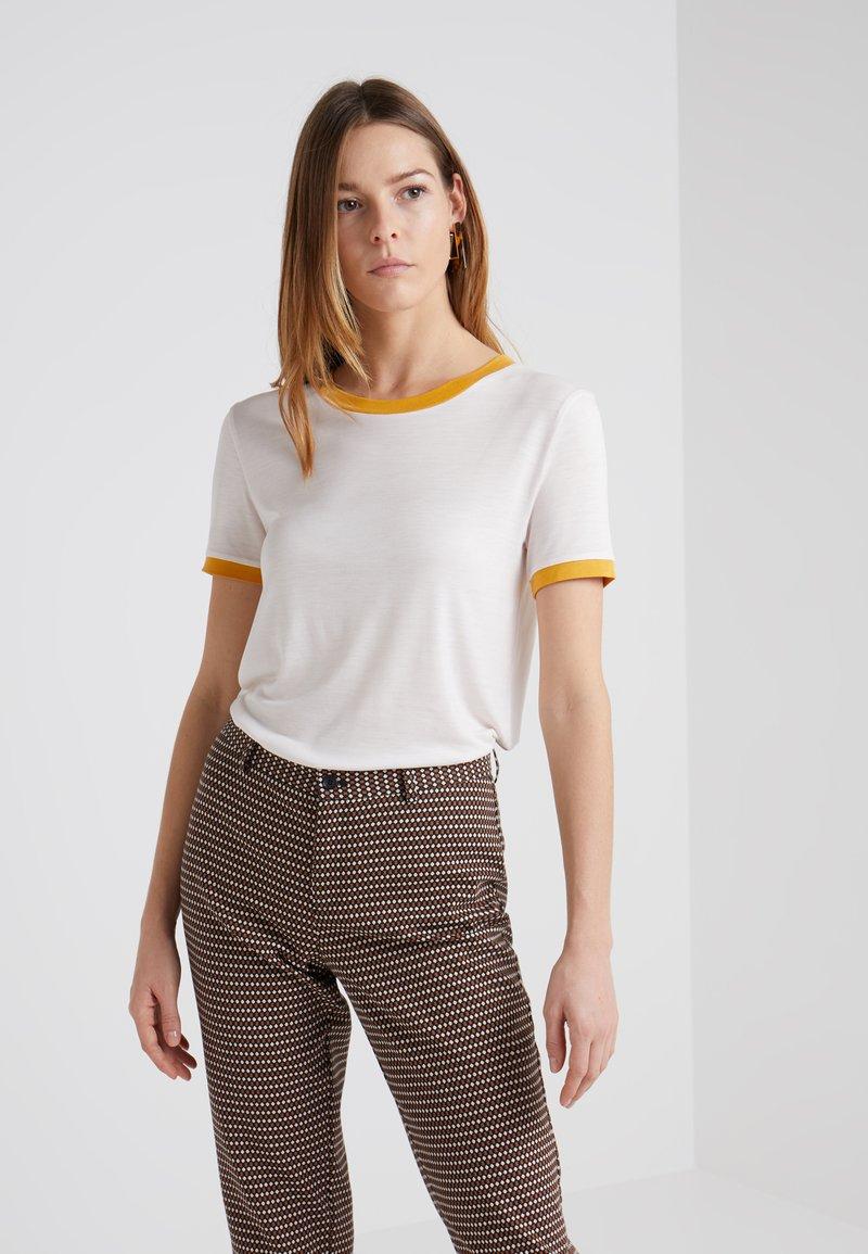 Bruuns Bazaar - KATKA ELSA TEE - Print T-shirt - rose/yellow