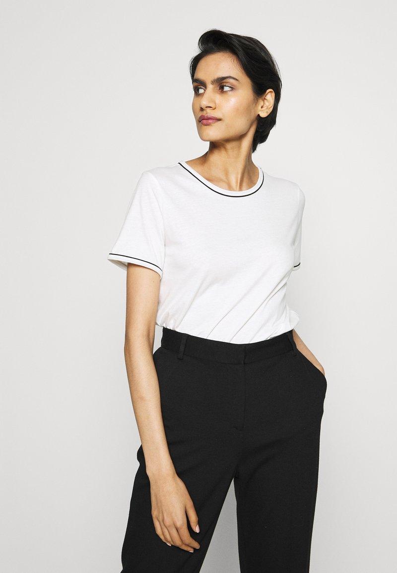 Bruuns Bazaar - KALLY ELSA TEE - Basic T-shirt - snow white