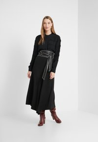 Bruuns Bazaar - LILLI DEENA BLOUSE - Pusero - black - 1