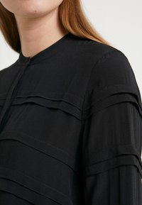 Bruuns Bazaar - LILLI DEENA BLOUSE - Pusero - black - 5