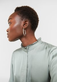 Bruuns Bazaar - BAUME ELIZABETH BLOUSE - Blouse - jade green - 4