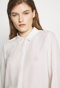 Bruuns Bazaar - LILLIE CORINNE  - Button-down blouse - snow white - 6