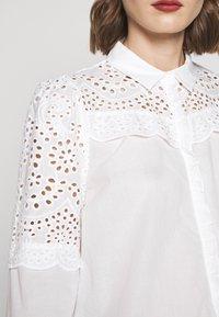 Bruuns Bazaar - SIENNA ROBINE - Skjorta - snow white - 6