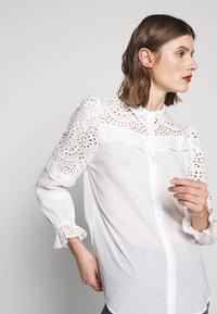 Bruuns Bazaar - SIENNA ROBINE - Skjorta - snow white - 4