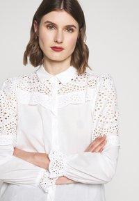 Bruuns Bazaar - SIENNA ROBINE - Skjorta - snow white - 3