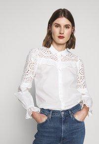 Bruuns Bazaar - SIENNA ROBINE - Skjorta - snow white - 0