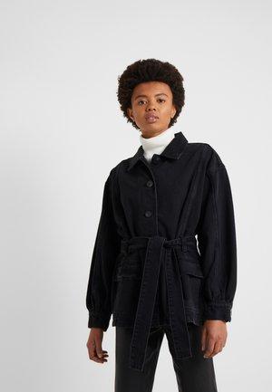ALLESIA MIMI JACKET - Krátký kabát - black