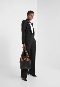 Bruuns Bazaar - VALOVA KIRA BLAZER - Blazer - black - 1