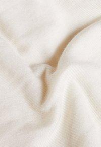 Bruuns Bazaar - ANGELA ROCK NECK - Jersey de punto - snow white - 4