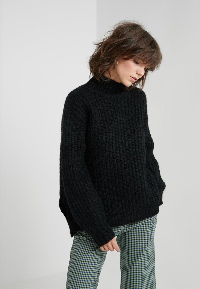 Bruuns Bazaar - HAILEY NANCY PULLOVER - Jersey de punto - black