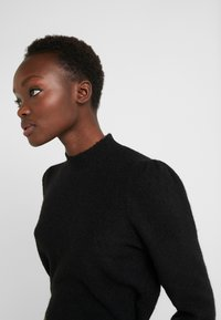 Bruuns Bazaar - PAYA MERRAL KNIT - Sweter - black - 3