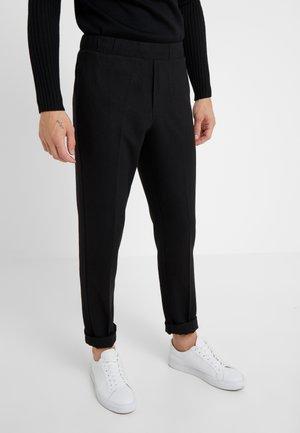 CLEMENT CLARK PANT - Bukse - black