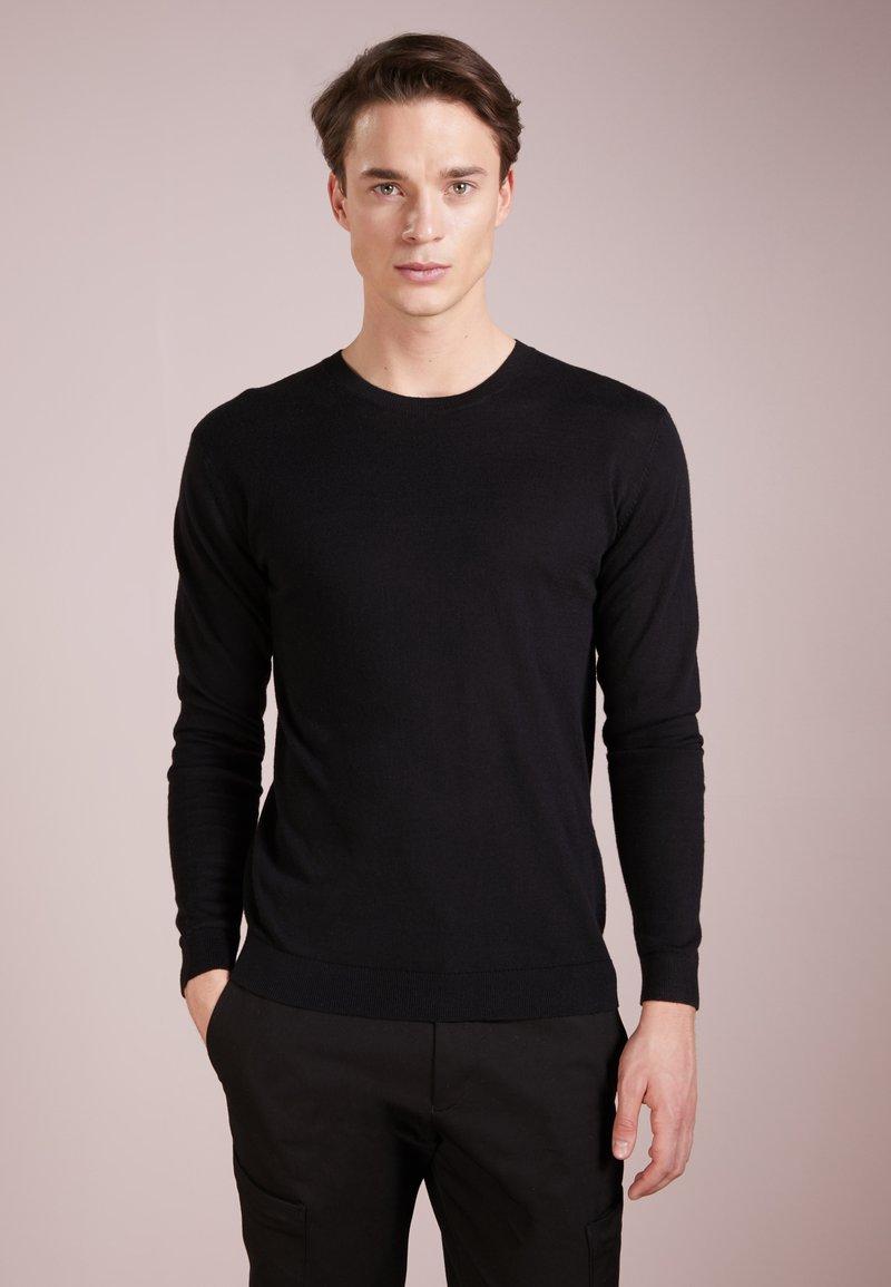 Bruuns Bazaar - GERHARD - Strikpullover /Striktrøjer - black